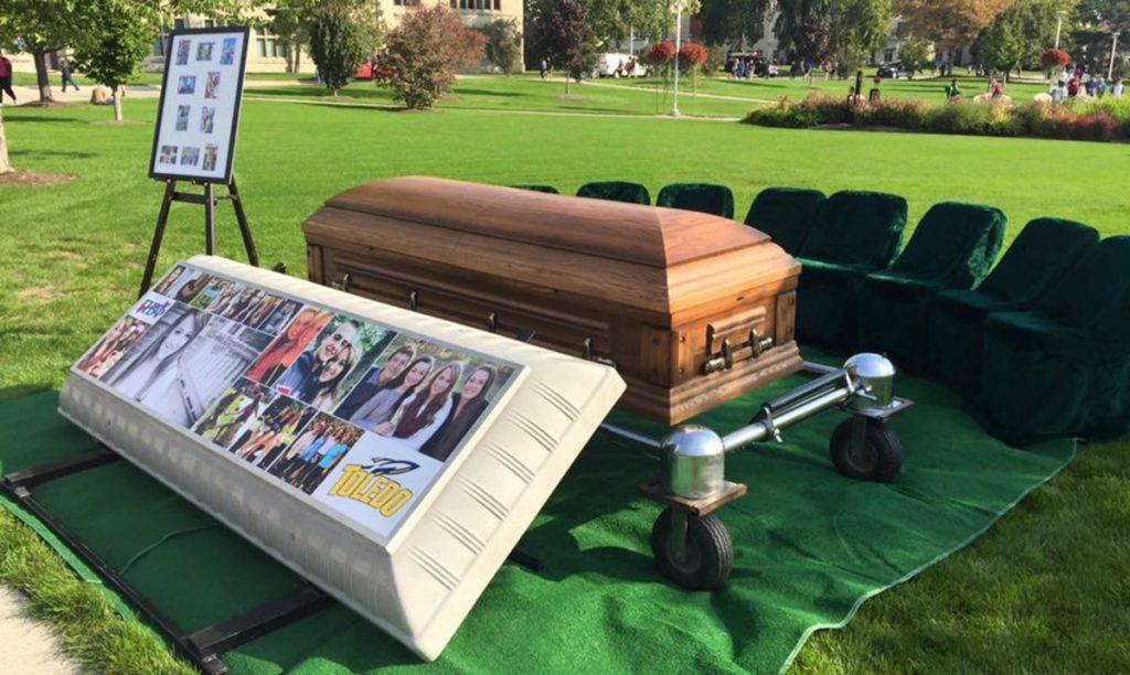 Pi Beta Phi mocktails casket